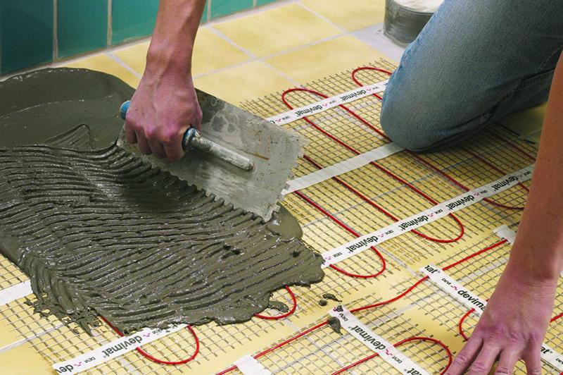 Выполнение стяжки под плитку