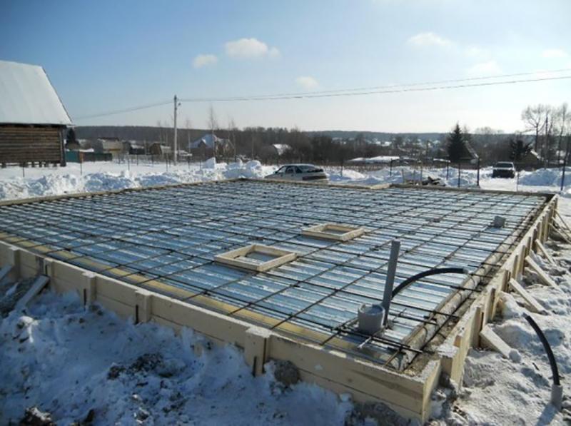 Обогрев бетона при помощи электродов