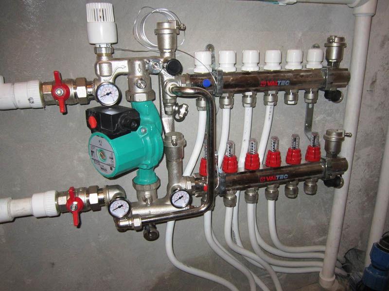 Коллектор – ключевой узел системы водяного пола