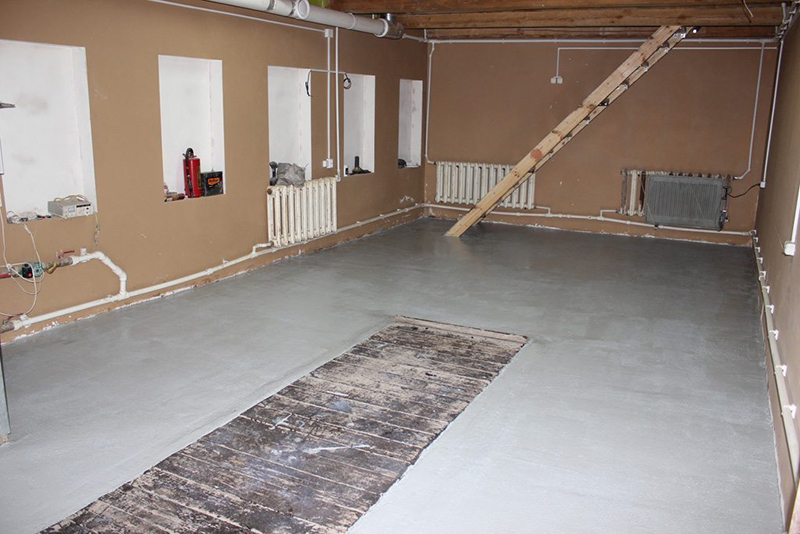 Толстая бетонная стяжка оправдана в гараже